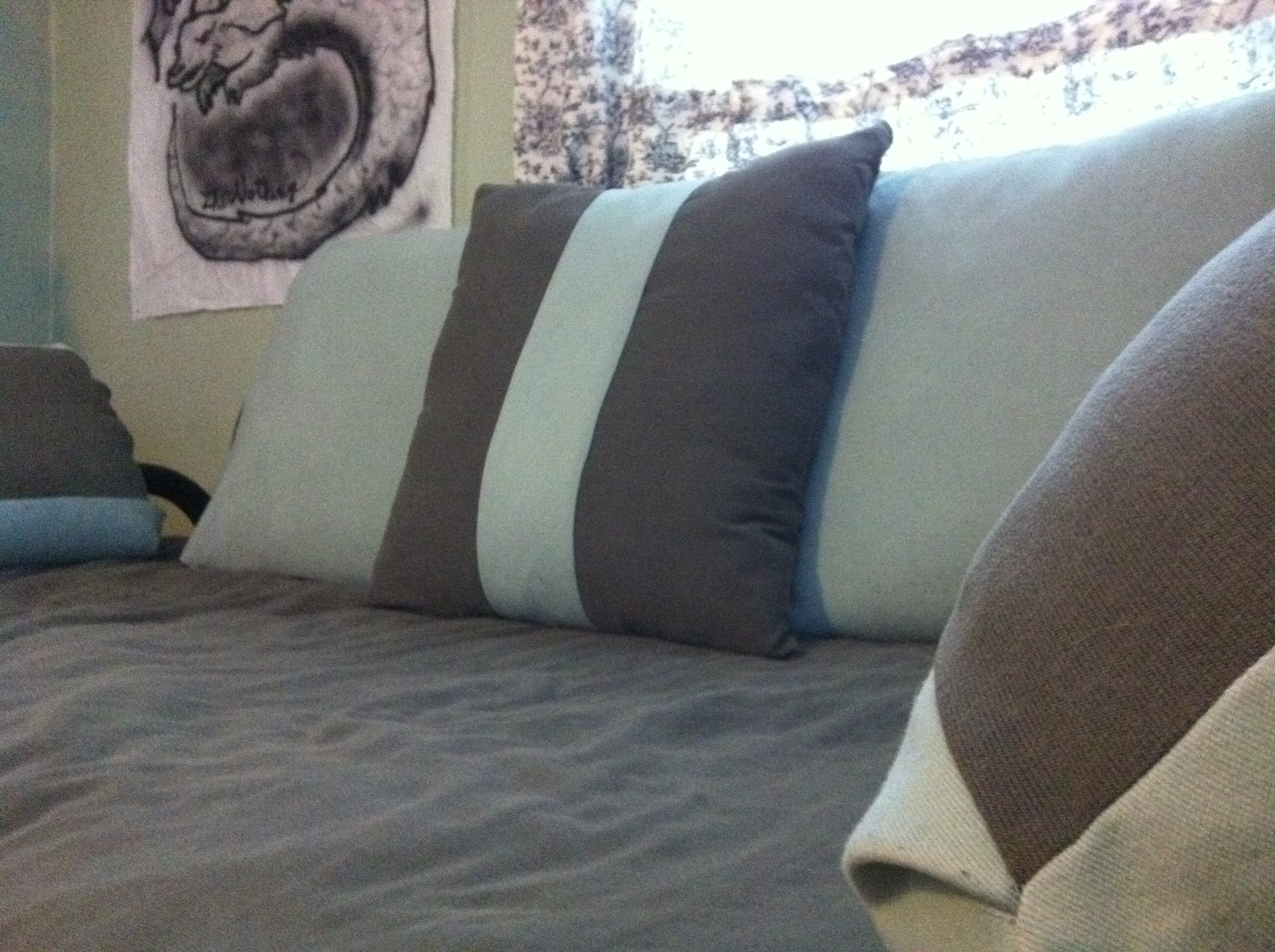 How-to: Sushi-Inspired Day Bed