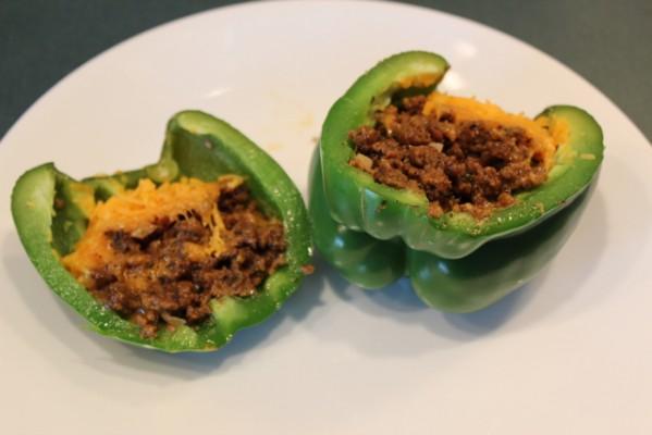 Vegan Vittles: Seitan & Daiya-Stuffed Peppers