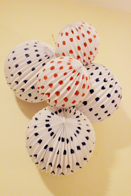 How-to: Painted Chinese Lantern Cluster