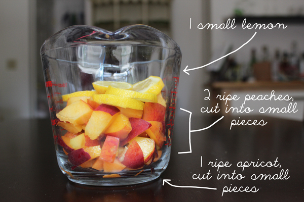A breakdown of the fruit in this sangria: 1 small lemon, 2 ripe peaches, 1 ripe apricot.