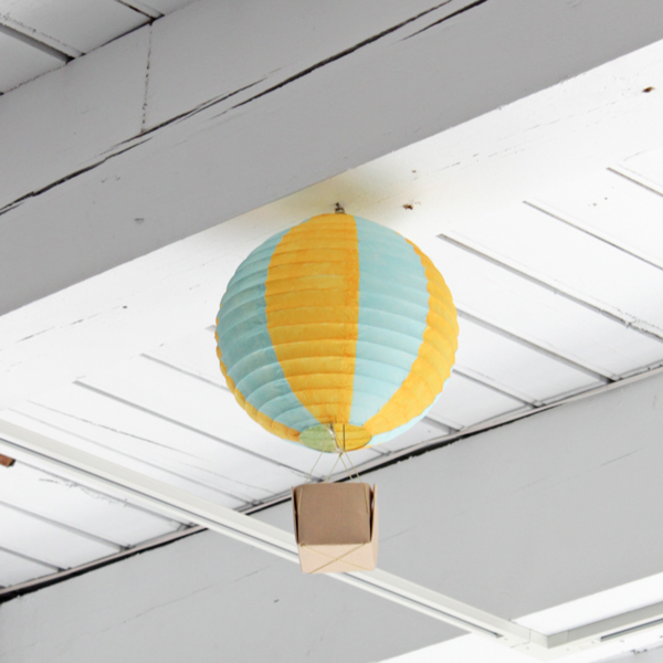 How-to: Hot Air Balloon Party Decorations