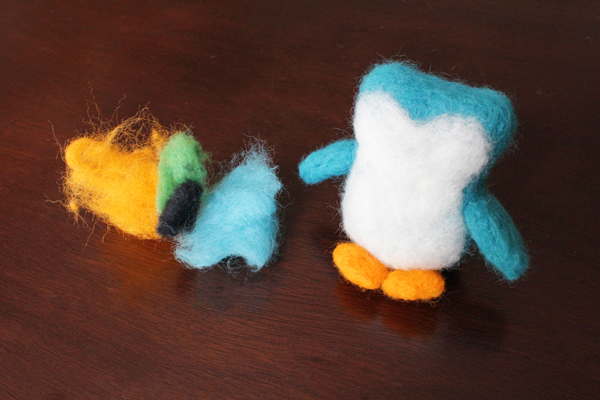 How-to: Beginning Needle Felting | HandsOccupied.com