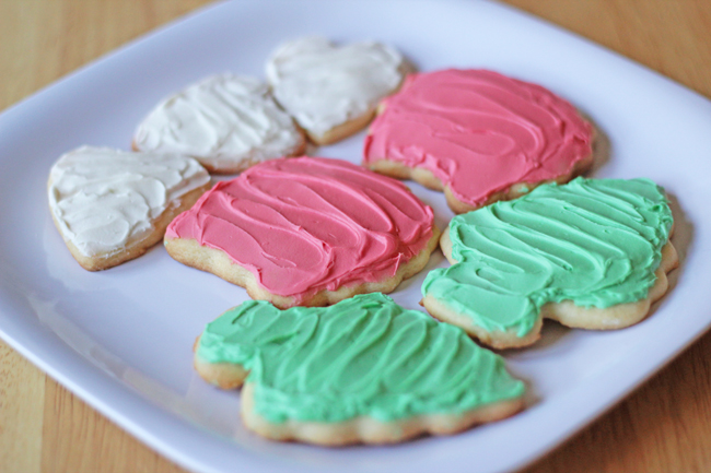 Sugar Cookies & Butterfrosting | HandsOccupied.com