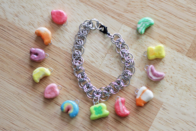 How-to: Lucky Charms Bracelet at HandsOccupied.com