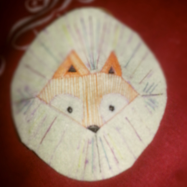 Moewentaucher's in-progress little fox embroidery.