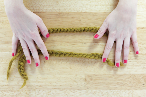 ... Finger Knit, a.k.a. Crochet Without a Crochet Hook, at Hands Occupied