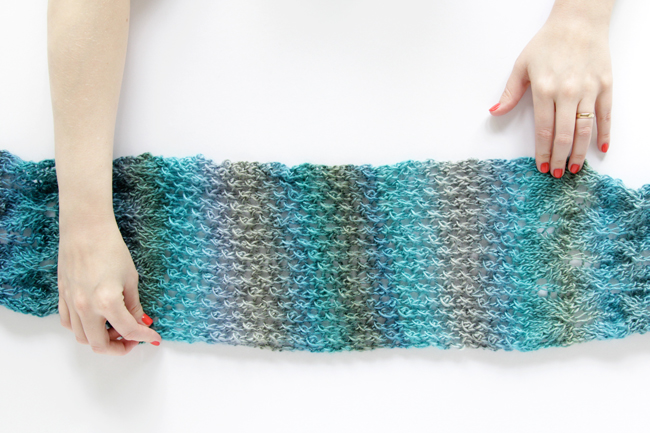 Spring Meadow Scarf Knit Along Week 4 - Learn how to knit star rib mesh!