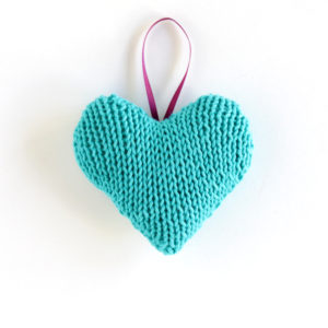 Knit Heart Ornament – 12 Ornaments of Christmas