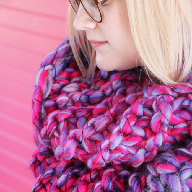 The Mega Bulky Cowl pattern - Heidi Gustad for Blitsy