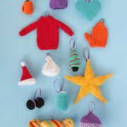 Knit or crochet some adorable ornaments to trim your tree! Get your hands on 12 free knit and crochet patterns for Christmas ornaments. Each ornament doubles as a great gift topper & stocking stuffer!