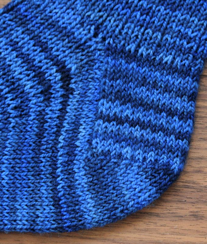 The Read Along Knit Along is back!
