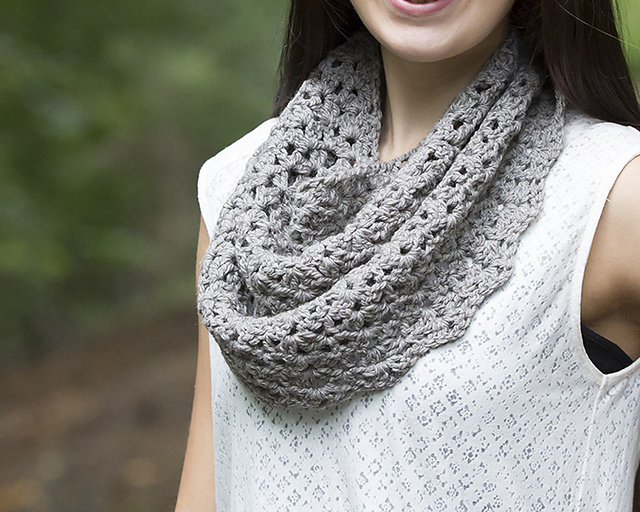 Walville Cowl by Katy Petersen