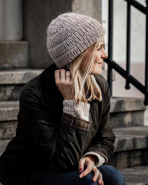 Anker's Hat by PetiteKnit